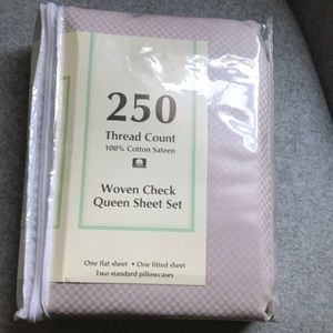 Sateen Woven Queen bed sheets new